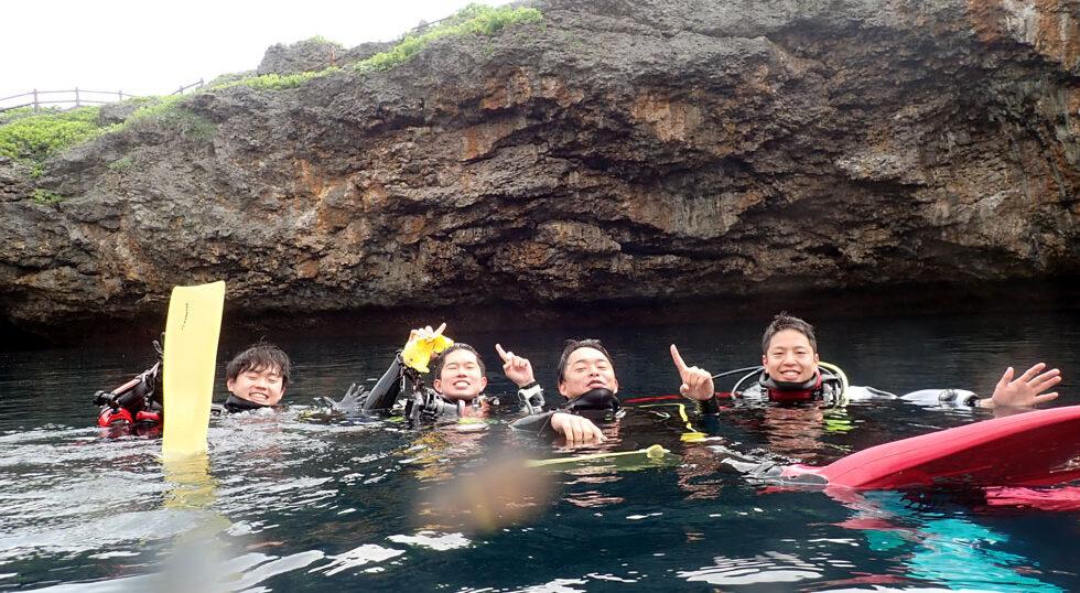 カラカラ先生ダイビング 通り池 卒業旅行