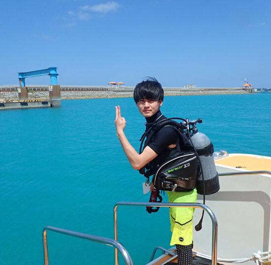 カラカラ先生ダイビング 陸作業