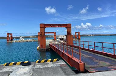 荷川取(にかどり)漁港浮桟橋